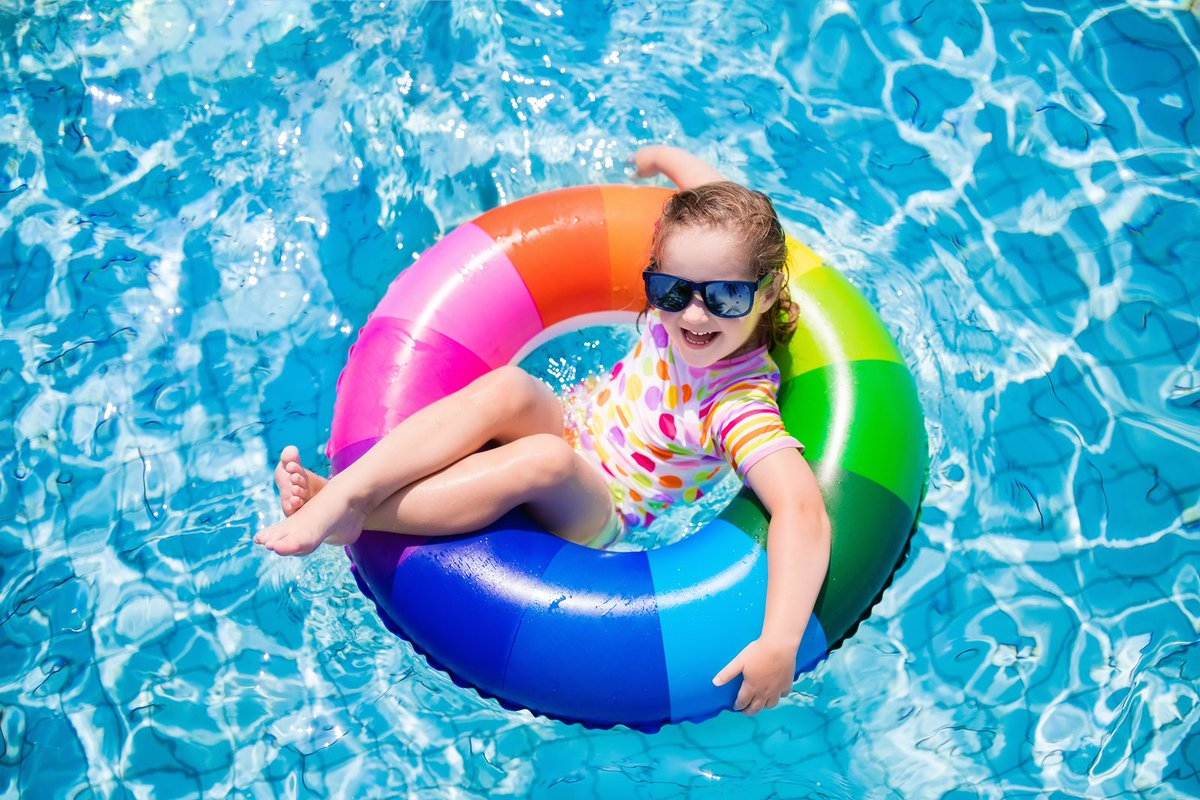 Child Safety Tips By the Pool This Summer - Keeping your children safe by the pool
